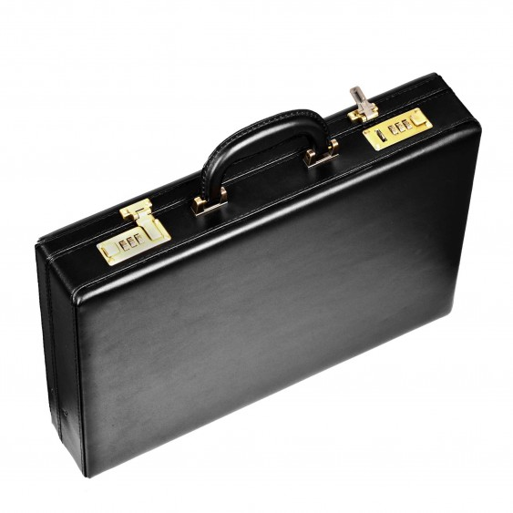 Black leather men's dressing case